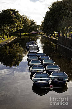 Hythe Military Canal Kent by Lesley Rigg