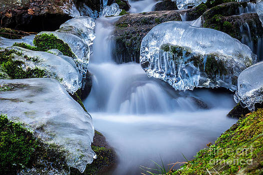 Katka Pruskova - Ice and Water XI