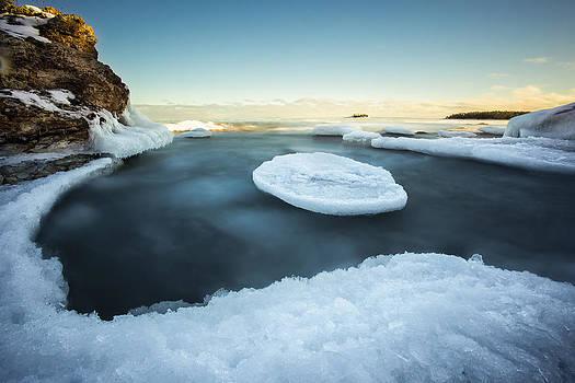 Ice pancake Middlebrun Bay by Jakub Sisak