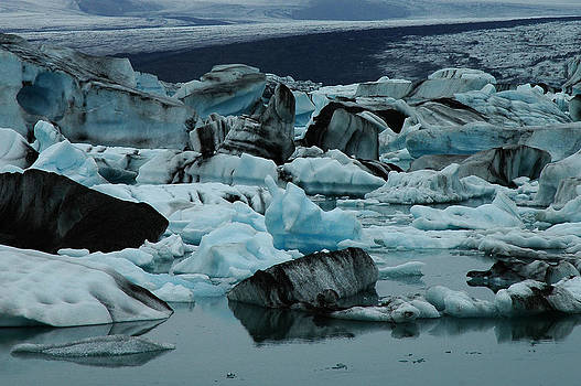 Iceland 1.5 by Julia Moral