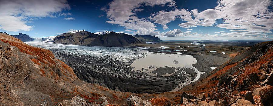 Iceland Skaftafell by Nina Papiorek