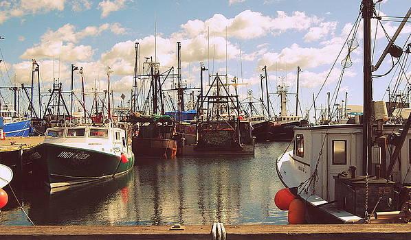 Marysue Ryan - In Port