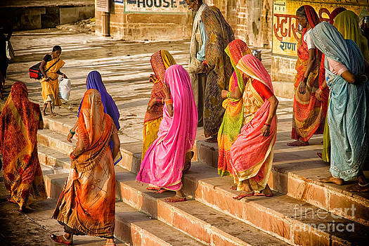 Neville Bulsara - India  The United Colors of Varanasi