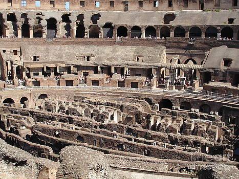 Danielle Groenen - Inside the Colosseum