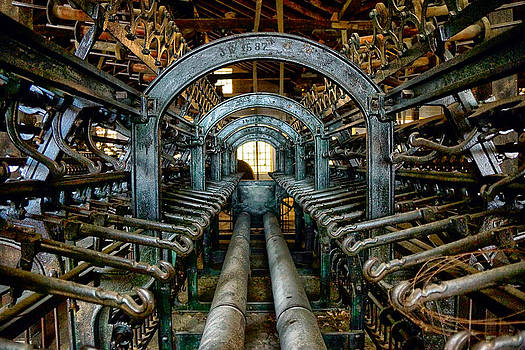 Inside The Machine by Alastair Graham