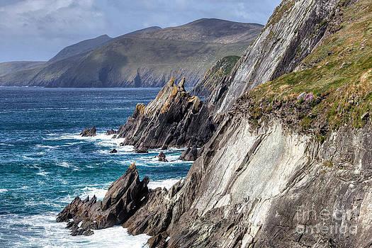 Ireland - Dingle Coast by Juergen Klust