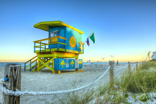 Irish Clover Lifeguard House Miami Beach by Derek Latta