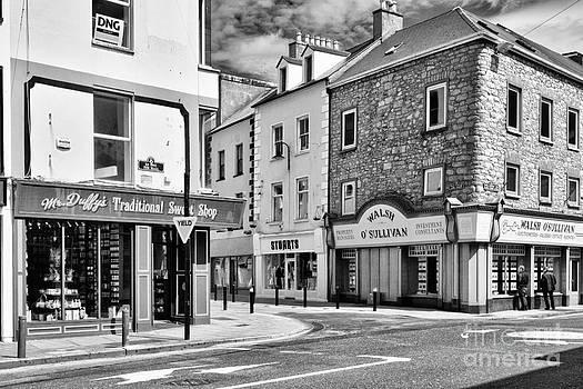 Irish Shops by Juergen Klust