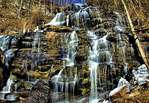 Matthew Winn - Issaqueena Falls with rainbow