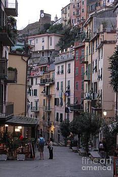 Italy  by Diane Greco-Lesser
