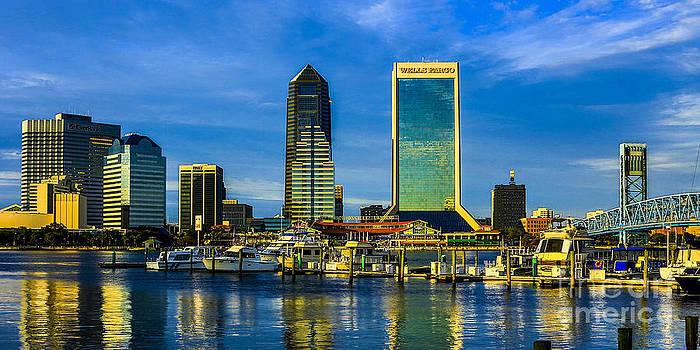 Paula Porterfield-Izzo - Jacksonville Skyline Sunset