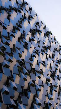 Jagged Cube Architecture by Ayse Thornett