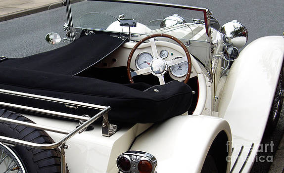 Malcolm Suttle - Jaguar SS 100 - Replica