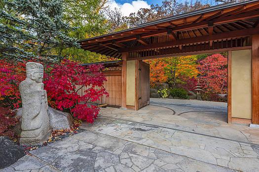 Japanese Main Gate by Sebastian Musial