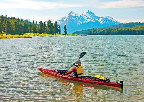 Dennis Cox WorldViews - Jasper park kayaker