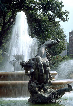 Gary Gingrich Galleries - J.C.Nichols Fountain 1 KC.MO