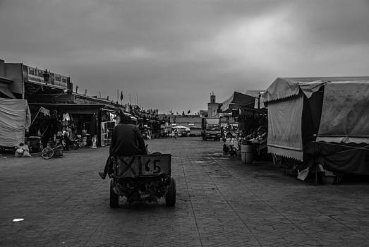Jemaa el Fna before sunrise by Ellie Perla