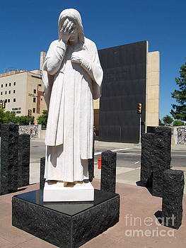 Jesus Wept by Robin Maria Pedrero