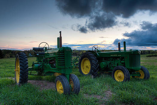 Matt Dobson - John Deere Model B and R Tractors
