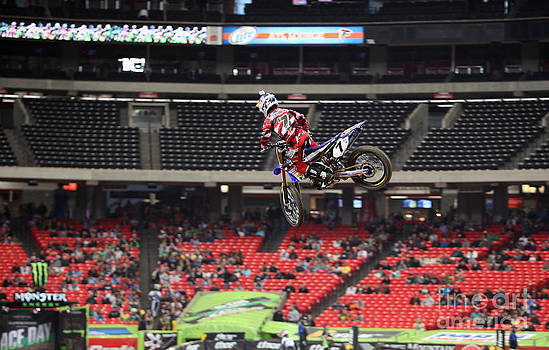 JS7 Tail Whip by David Kittrell