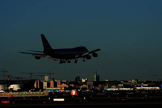 Alexander Drum - Jumbo Jet on landing