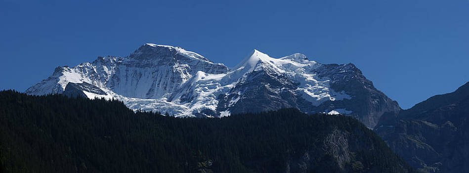 Jungfrau by Erik Tanghe