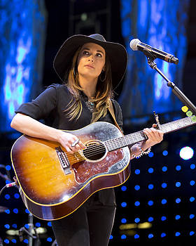 Kacey Musgraves by Shawn Everhart