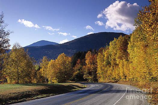 Kancamagus Highway by Derek Croucher