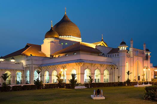 Kapitan keling Mosque by Jordan Lye