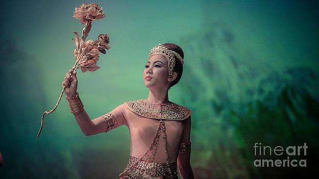 Khon masks classical by Phumiphat Thammawong