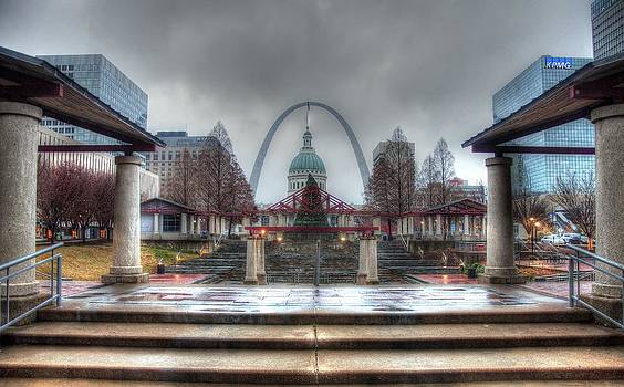 Kiener Plaza by Jay Swisher