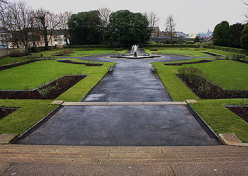 Kilkenny Castle Garden by Tony Reddington