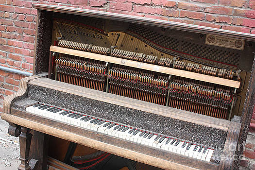 Gary Gingrich Galleries - Kimball Piano-3456