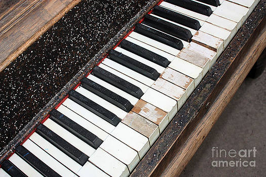 Gary Gingrich Galleries - Kimball Piano-3464