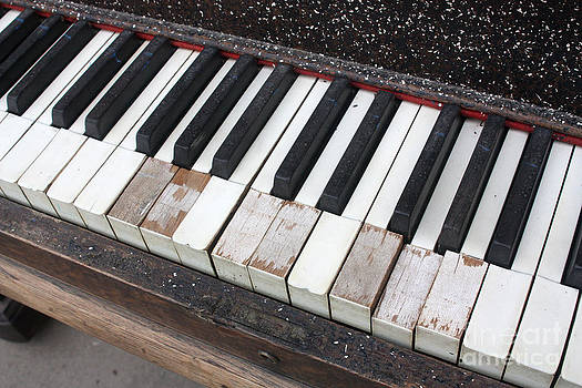Gary Gingrich Galleries - Kimball Piano-3467