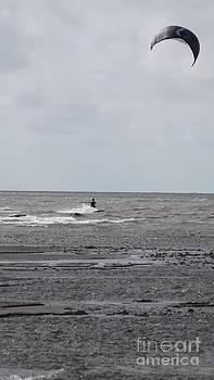 Kite Serfing by John Williams