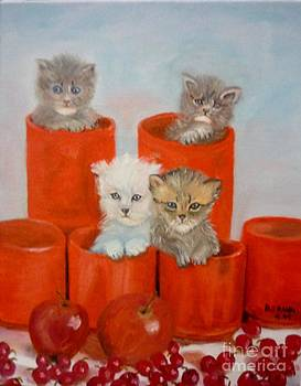 Kittens Ajar by Beverly Hanni