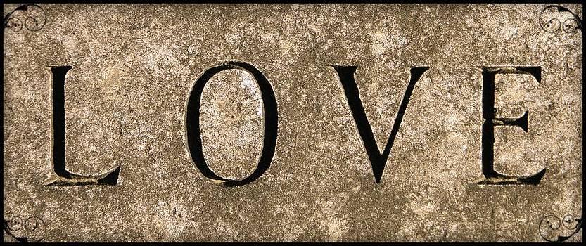 Chris Berry - L O V E