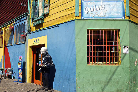 Venetia Featherstone-Witty - La Boca Barrio Buenos Aires