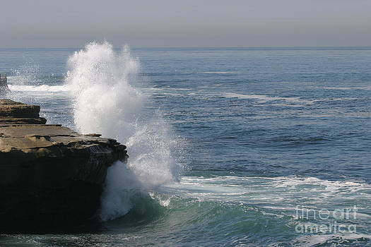 La Jolla surf by Russell Christie