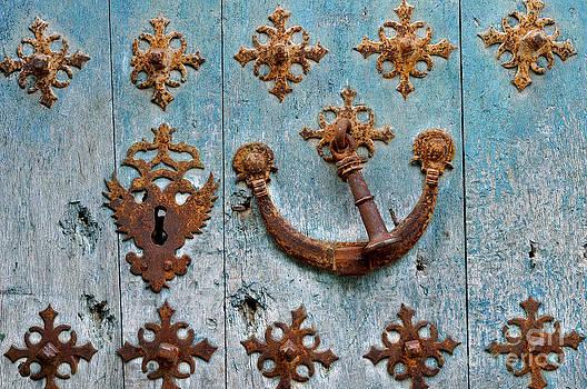 La Puerta Azul by Sara Kennedy