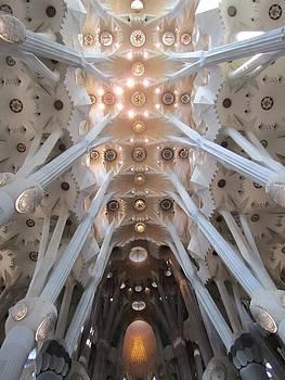 La Sagrada Familia by Stefanie Weisman