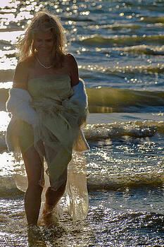 Ladies on the Beach 166 by Bernd Buessecker
