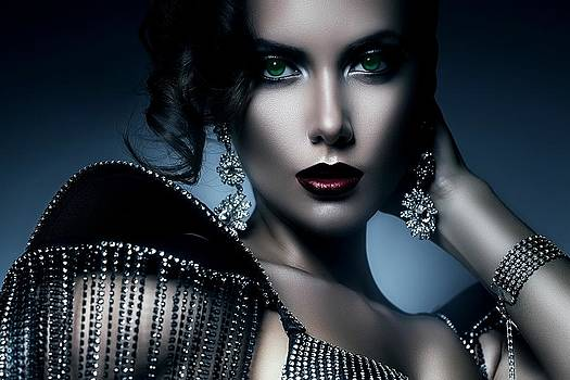 Lady Green Eyes by Karen Showell
