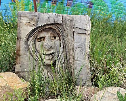 Fiona Kennard - Lady In Wood