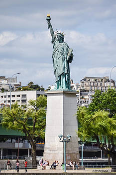 Allen Sheffield - Lady Liberty in Paris - Full View