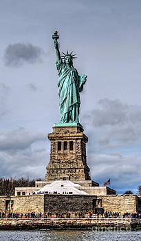 Lady Liberty No 2 by Guy Harnett