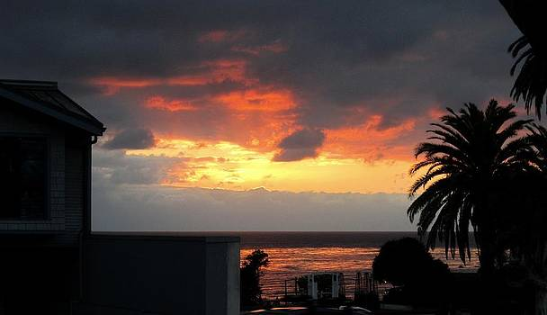 Laguna Beach Sunset 2 by Dan Twyman