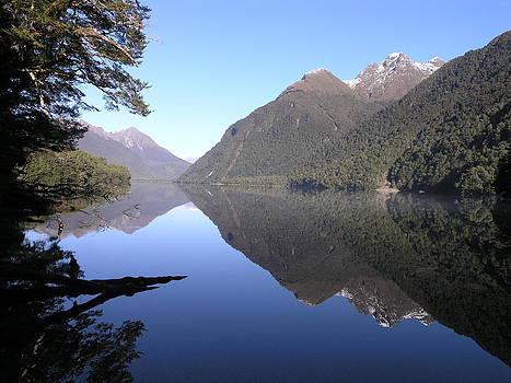 Lake Gunn by Olaf Christian