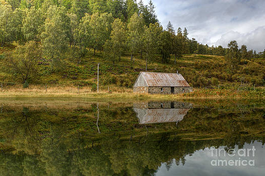 Lake House by Bahadir Yeniceri